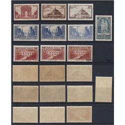 [05] 1929 Frankreich 263, 256, 240, 241 I, 242 C  VARIATIONEN. ** Postfrisch, Perfekter Zustand.  Sehenswürdigkeiten (Michel)