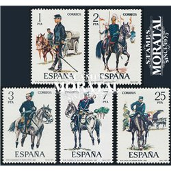 1977 Espagne 2069/2073  Uniformes VIII Militaire **MNH TTB Très Beau  (Yvert&Tellier)